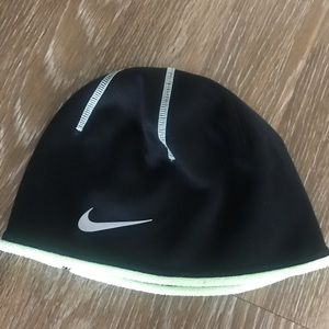Nike Therma Fit Skully